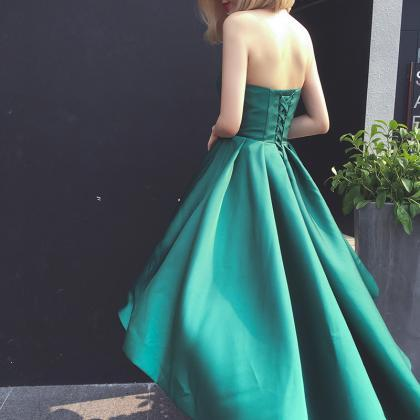 Forest Green Satin Ruched Sweethear..