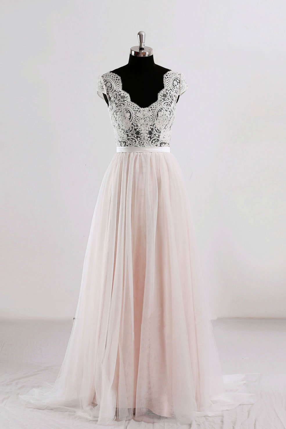 Sexy Cap Shoulder Lace Full Length Prom Dress Evening With Bow Dress Party Dress Bridesmaid Dress Wedding Occasion Dress Formal Occasion Dress