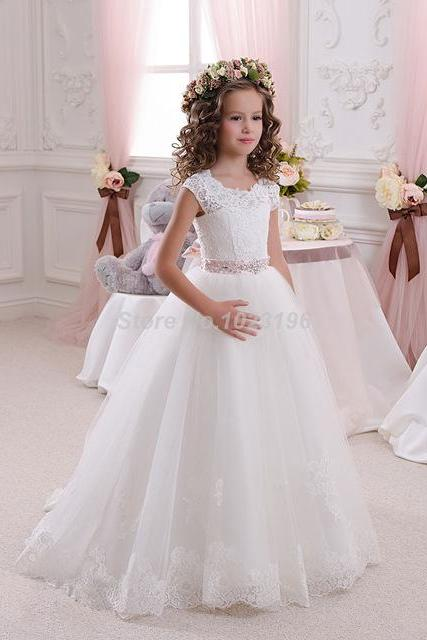 Hot Pretty Scoop Ivory White Lace Flower Girls Dresses 2016 Ball Gown Belt Floor Length Girls First Communion Dress Party Dress W125