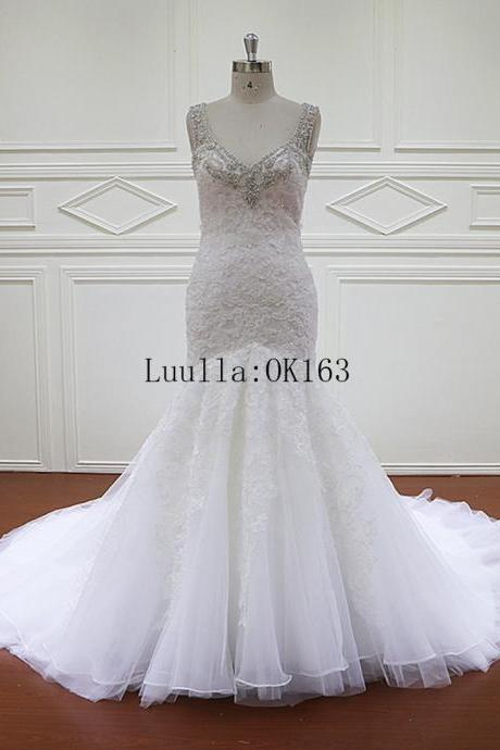 Sleeveless V-Neck Lace Mermaid Wedding Dress Featuring Beading Embellishment and Open-Back
