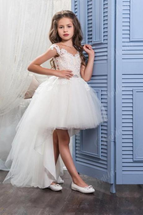 Hi Lo Flower Girls Dresses for Weddings with Scoop Neck and Cap Sleeves Appliques Tulle Little Ball gown Girls Wedding Gowns Kids79