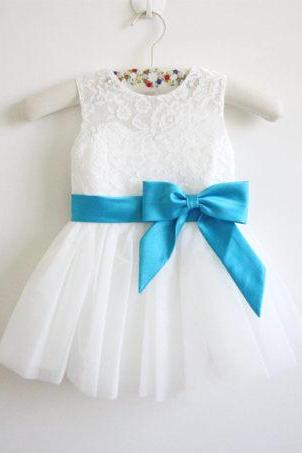 Light Ivory Flower Girl Dress Blue Ribbon Baby Girl Dress Lace Tulle Flower Girl Dress With Blue Sash/Bows Sleeveless D1