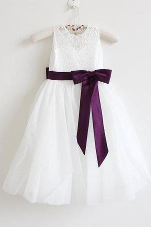 Light Ivory Flower Girl Dress Eggplant Baby Girls Dress Lace Tulle Flower Girl Dress With Eggplant Sash/Bows Sleeveless Floor-length D4