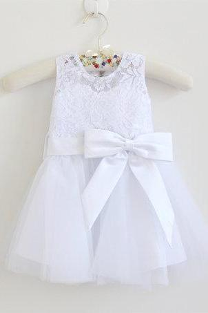 White Flower Girl Dress Baby Girls Dress Lace Tulle White Flower Girl Dress With Bows Sleeveless Knee-length D17